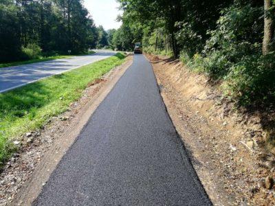 opravy silnic, chodníků a cyklostezek